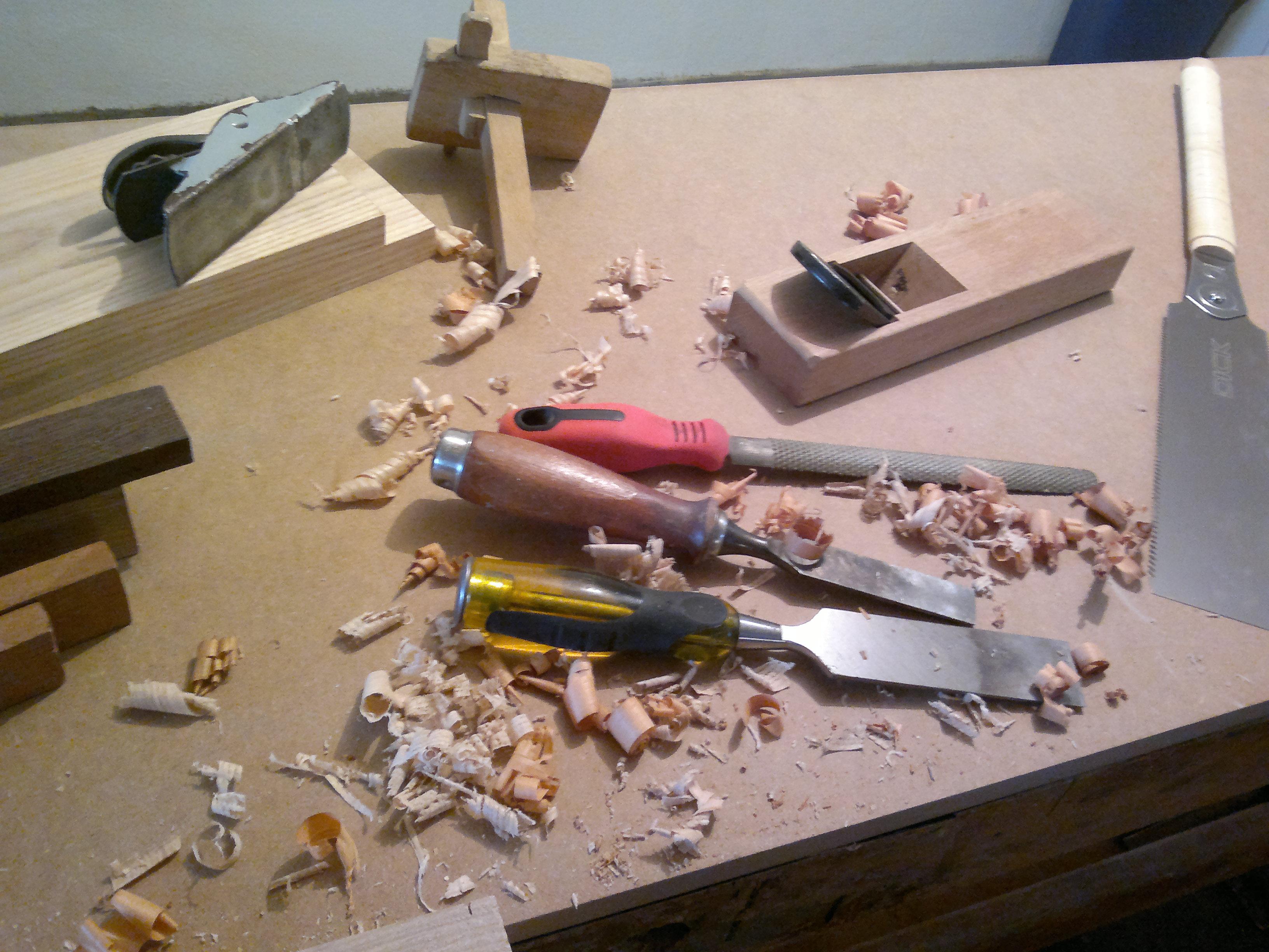 photos outillage bois,rabots,ciseaux à bois