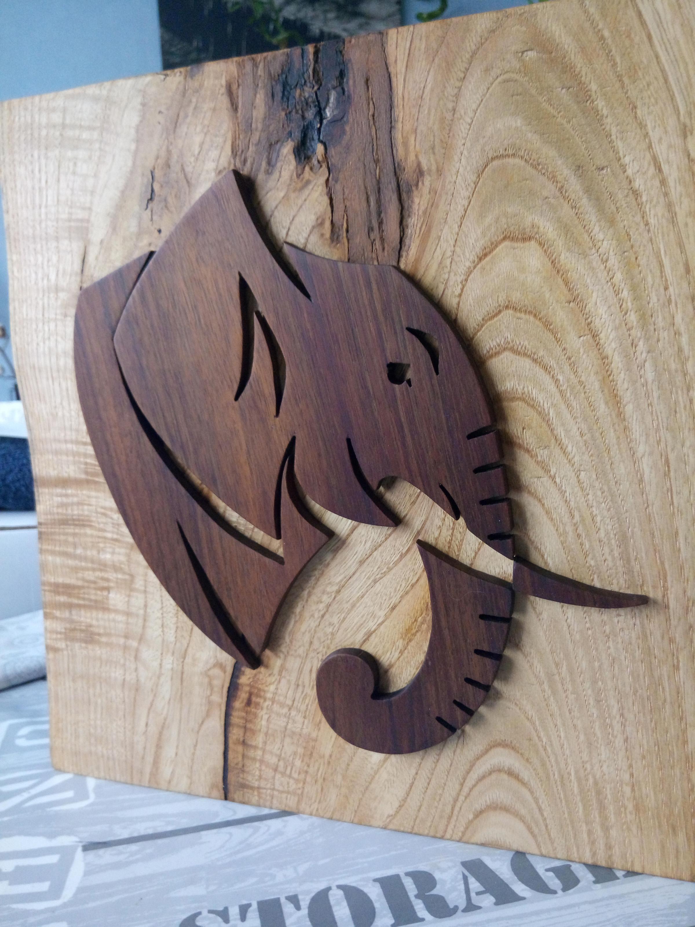 Création déco Eléphant (frêne, noyer, finition huilée)